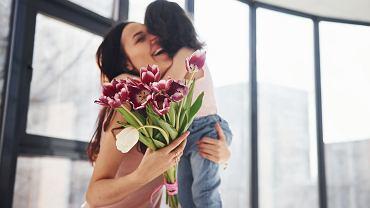 Dzień Matki w Polsce jest obchodzony 26 maja. Zdjęcie ilustracyjne, Standret/shutterstock.com