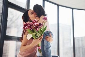 Wierszyki na dzień matki. Najpiękniejsze rymowane życzenia dla mamy