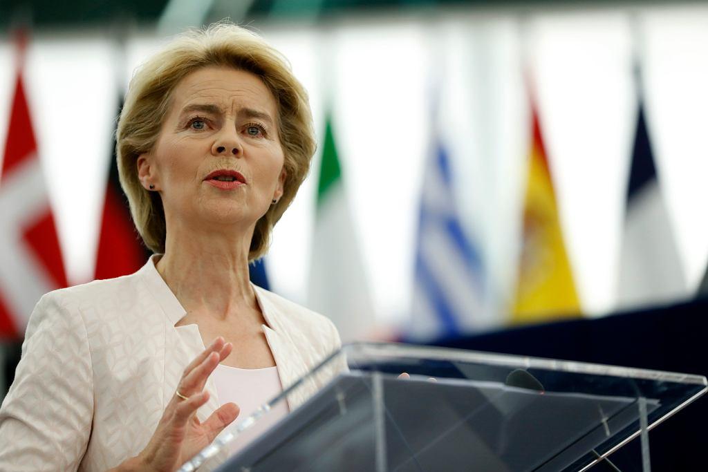 Ursula von der Leyen przemawia w Parlamencie Europejskim, 16 lipca 2019.