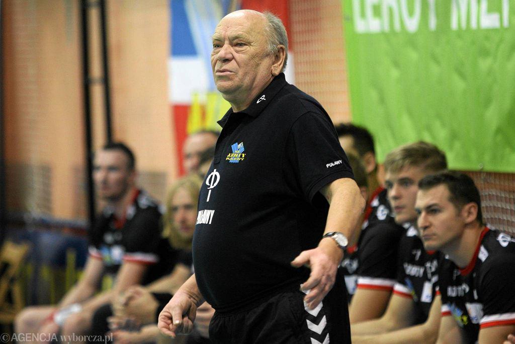 Trener Azotów Ryszard Skutnik