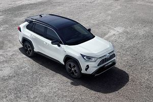 Nadjeżdża nowa Toyota RAV4. Ceny obecnej generacji mocno w dół