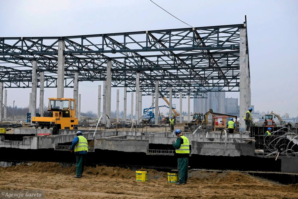 Inwestycje w polskiej gospodarce cały czas spadają