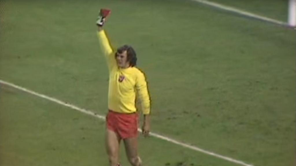 Jan Tomaszewski w trakcie meczu Anglia - Polska w 1973 roku