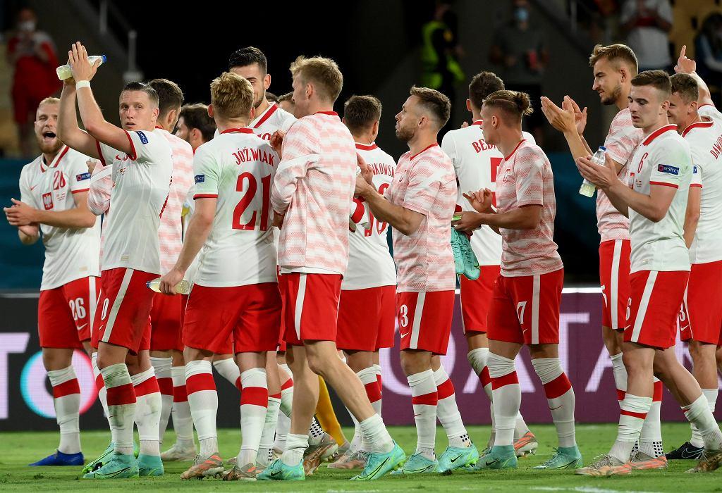 Euro 2020. Niepokojące wieści z Sankt Petersburga. Ekstremalne upały podczas meczu Polska - Szwecja