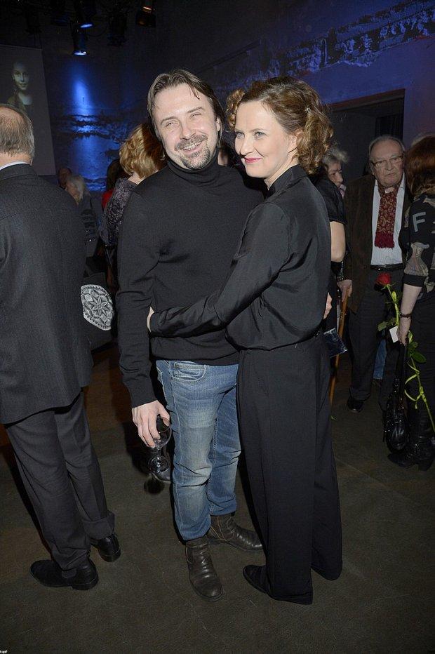 Izabela Kuna i Marek Modzelewski