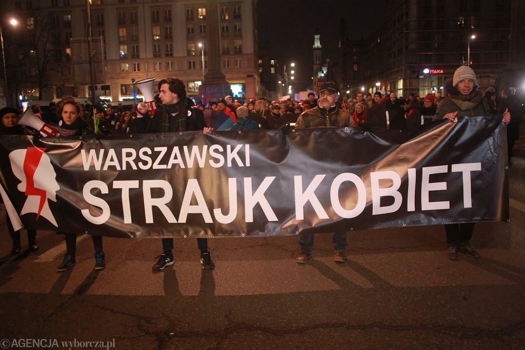 -Sprawa Kobiet . Miedzynarodowy Strajk Kobiet