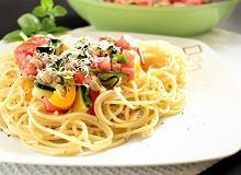 Makaronowe serce z mięsem i kolorowymi warzywami - ugotuj