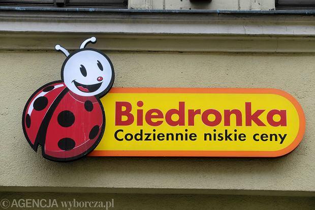 Przepychanka o sklep Biedronka w Sierakowicach. Wójt kontra starosta