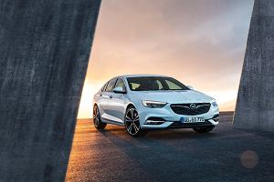Opel Insignia Grand Sport   Volkswagen Passat na celowniku