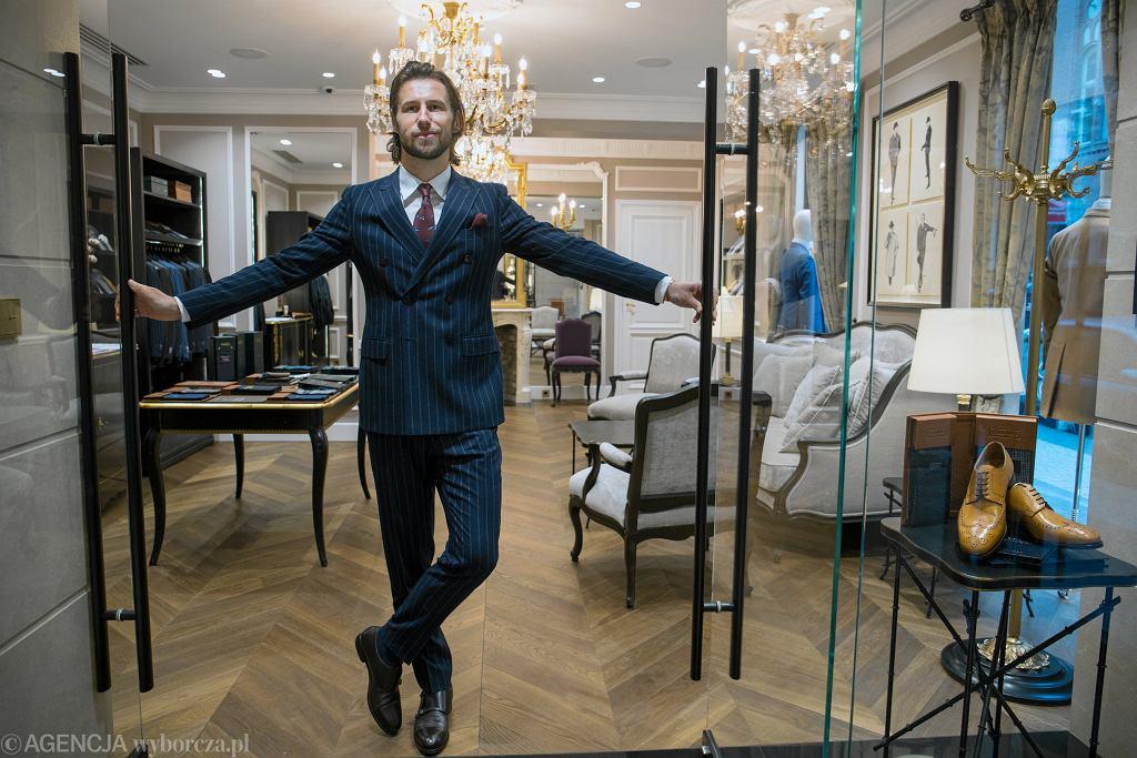 Grzegorz Krychowiak w swoim salonie mody męskiej dla mężczyzn, Balamonte