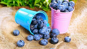 W 100 g borówek znajdziesz tyle samo cennych składników, co w znacznie większej ilości innych popularnych owoców.