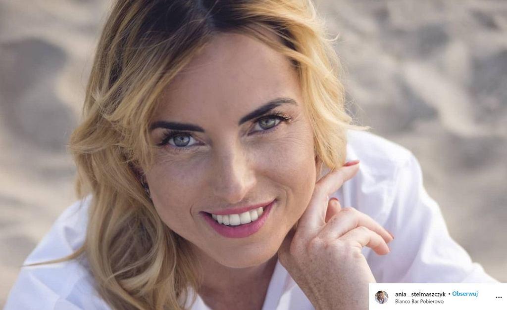 Ania z 'Rolnik szuka żony' zmieniła fryzurę. Rozjaśniła włosy i postawiła na ostre cięcie