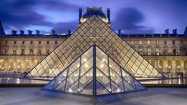 Luwr - Francja Paryż. Największe na świecie Muzeum Sztuki. Dawniej budynek służył za rezydencję królewską. W muzealnych zbiorach znajduje się m.in. najsłynniejszy obraz Leonarda da Vinci - Mona Lisa.