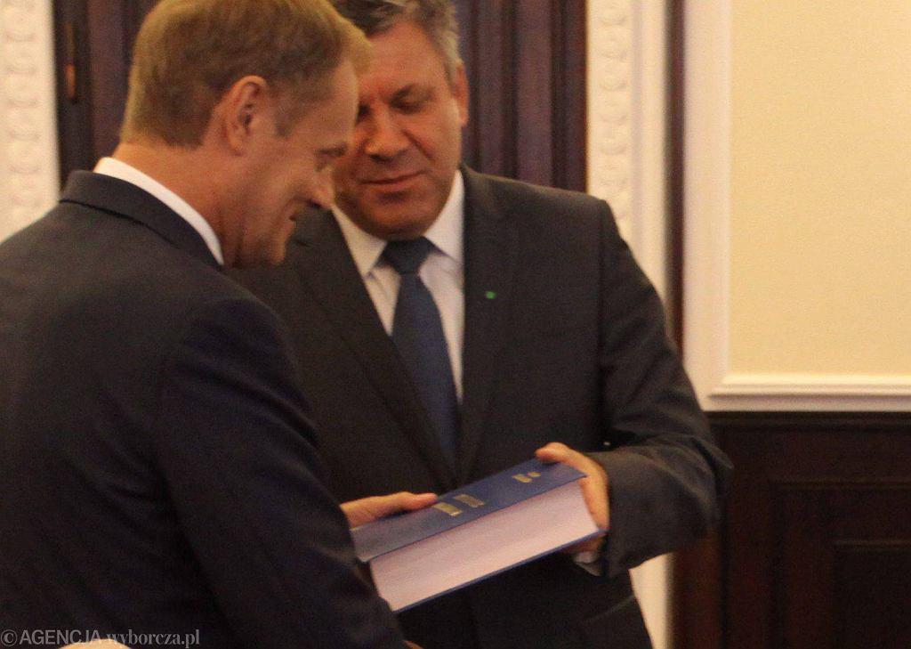 Donald Tusk i Janusz Piechociński podczas ostatniego posiedzenia obecnego rządu