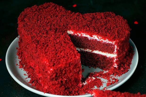 Tort na walentynki, z którym poradzą sobie nawet niezbyt zaawansowani domowi cukiernicy