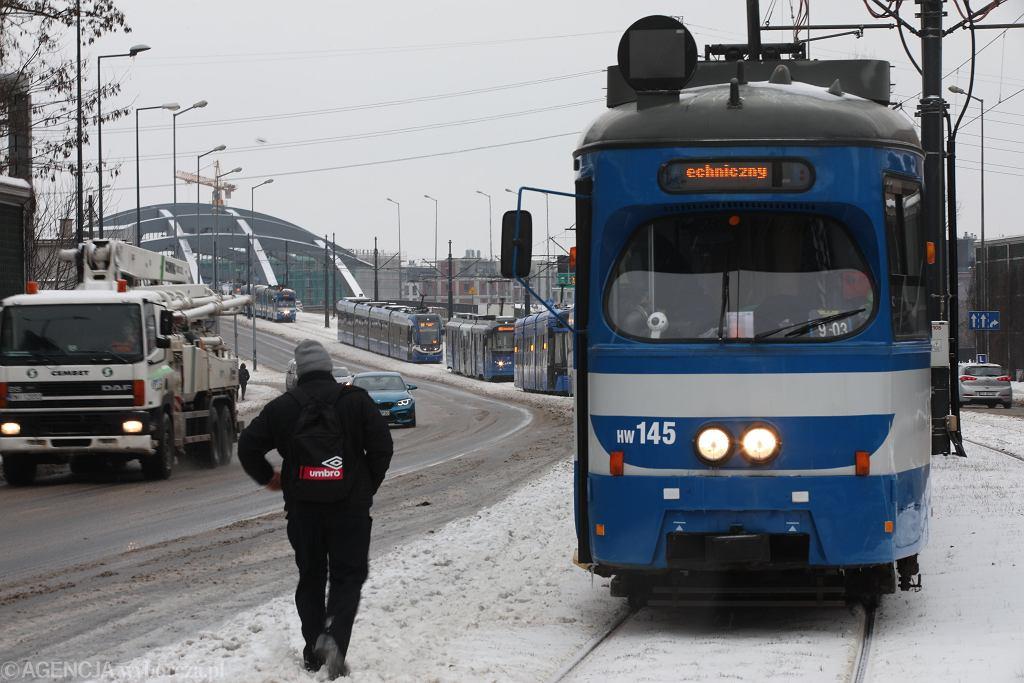 Śnieżyce w Polsce - duże utrudnienia