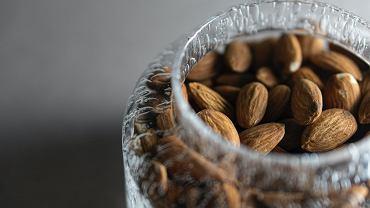 Zdrowe przekąski, czyli po co sięgać między posiłkami