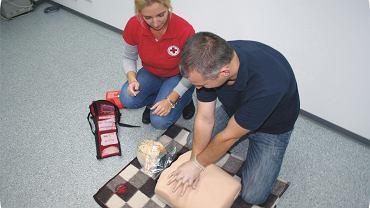 Pierwsza pomoc - masaż serca