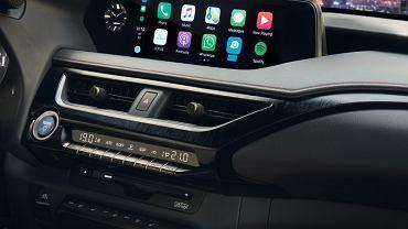 Apple CarPlay wyświetla tylko 'niezbędne minimum'
