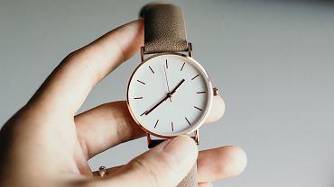 Kiedy zmiana czasu na letni w 2021 roku? Zegarki przestawimy już niedługo (zdjęcie ilustracyjne)