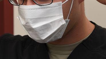 Noszenie maski może uchronić przed zarażeniem
