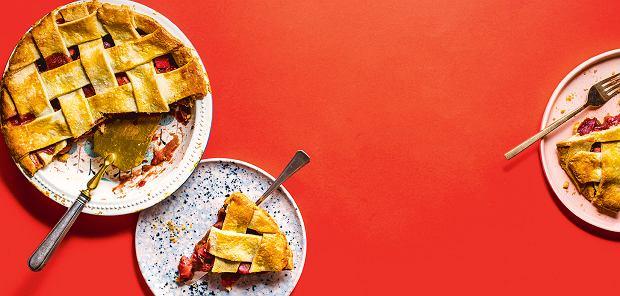 10 ciast i deserów z truskawkami do zrobienia w czerwcu