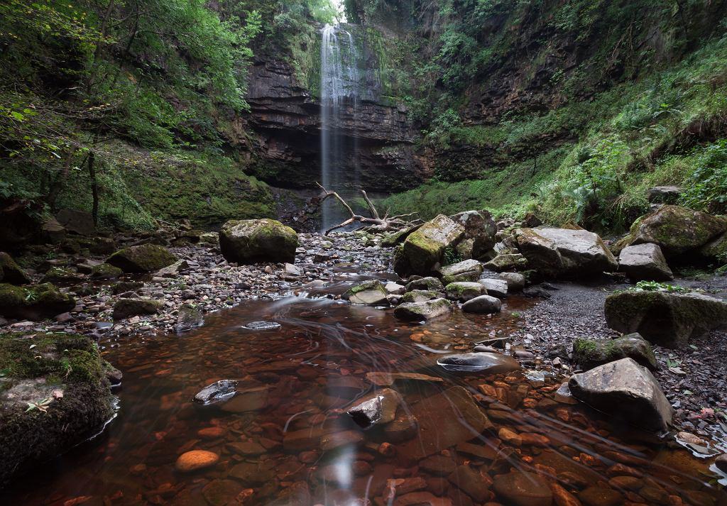 Henrhyd Falls, czyli najwyższy wodospad w południowej Walii
