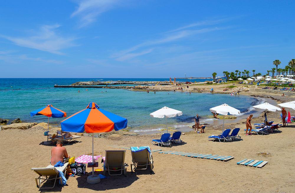 Cypr przyjmie pierwszych turystów w czerwcu
