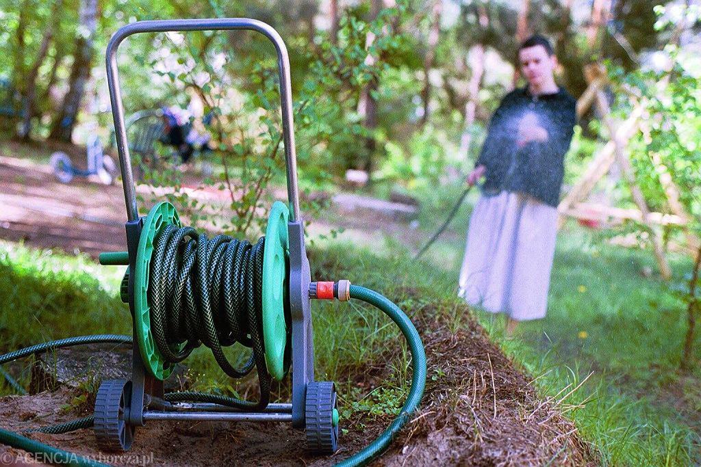 Zaczyna brakować wody. Kolejne gminy wprowadzają zakaz podlewania ogródków i trawników