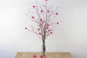 Zrób to sam: kwiaty z bibuły