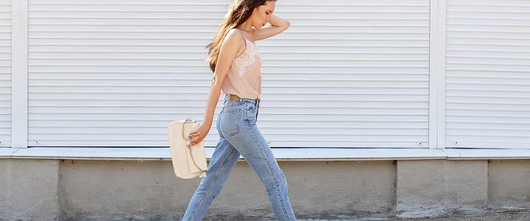 Wyprzedaż w znanych sieciówkach - jeansy za mniej niż 50 złotych