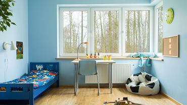 Pokój dla chłopca powinien być zaprojektowany tak, by spełniać swoje funkcje przez co najmniej kilka lat.