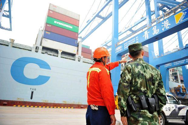 Port towarowy, wschodnie Chiny, prowincja Szantung