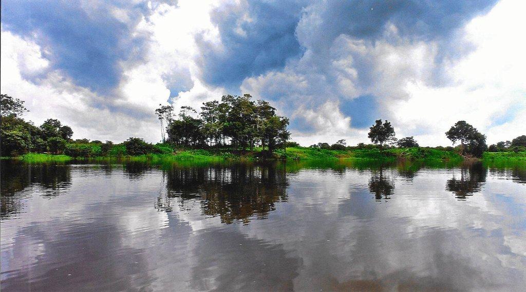 Krajobraz Amazonii nad najdłuższą rzeką świata