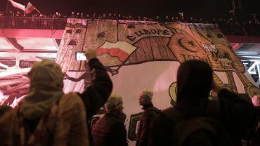 Marsz Niepodleglosci organizowany przez skrajnych prawicowcow w Święto Niepodległości. Warszawa, 11 listopada 2017