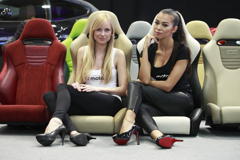 Dziewczyny Motor Show 2014