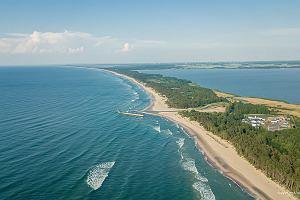 Najpiękniejsze plaże nad Bałtykiem. Dzikie, odludne, z miękkim, białym piaskiem