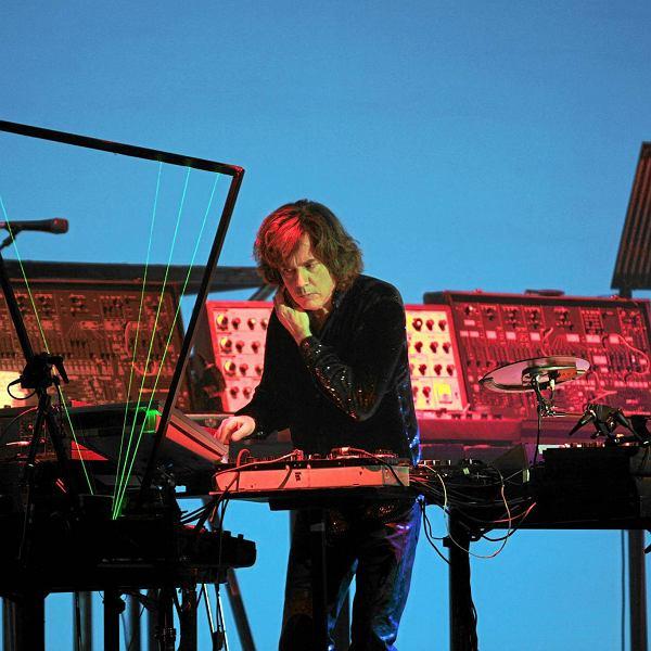 Jean Michel Jarre podczas koncertu w Bydgoszczy