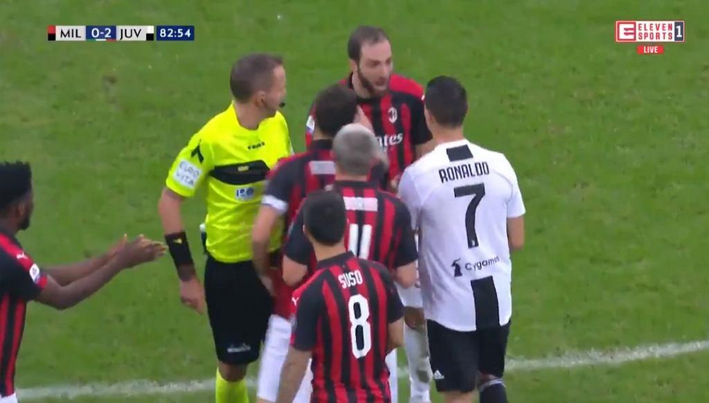 Gonzalo Higuain i Cristiano Ronaldo w trakcie meczu AC Milan - Juventus