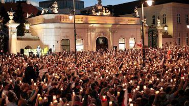 Protest pod Sejmem przeciwko pakiecie ustaw sądowych