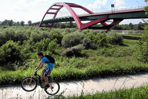 Puławy i okolice najlepiej odkrywać podczas rowerowych wycieczek