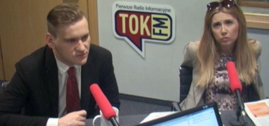 Jakub Dymek w studiu radia TOK FM