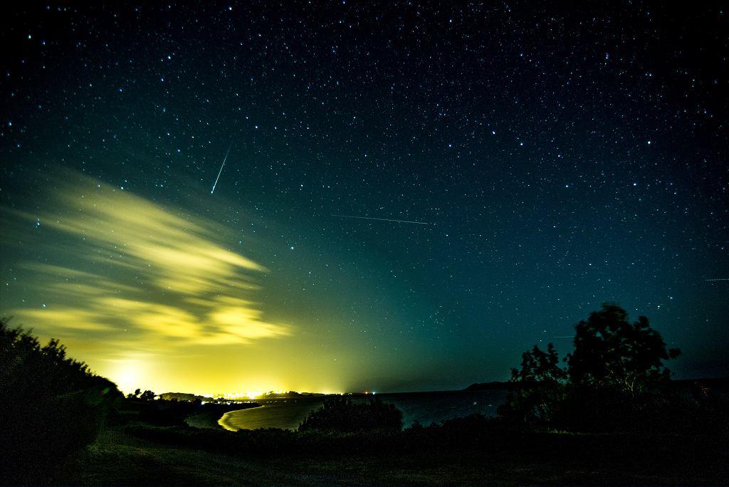 Deszcz meteorów (zdjęcie ilustracyjne)