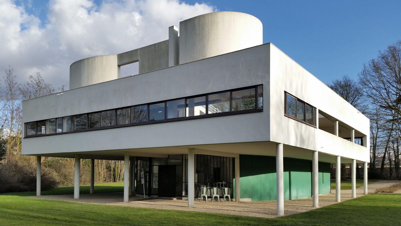 Willa Savoye w Poissy, zbudowana w latach 1928-1930 według projektu Le Corbusiera (fot. Wikimedia Commons)