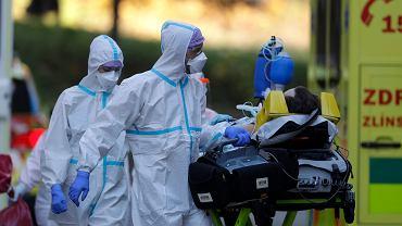 Czechy. Spada liczba nowych zakażeń koronawirusem. Dzieci powrócą do szkół