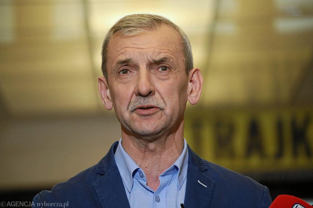 Sławomir Broniarz, prezes ZNP, skomentował wyniki badania PISA i rewelacyjne wyniki polskich uczniów