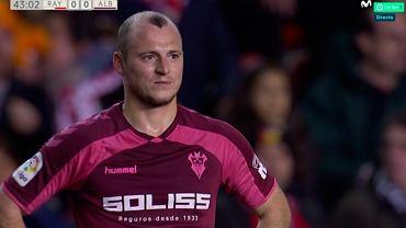 Roman Zozulia obrażany przez kibiców rywali. Mecz Rayo - Albacete przerwany