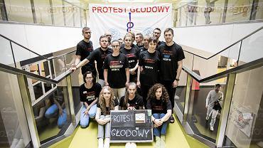Strajk lekarzy rezydentów. Warszawa, Szpital Pediatryczny przy ul. Żwirki i Wigury, 19 października 2017