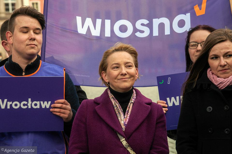 Partia Wiosna przedstawiła kandydatów do europarlamentu. Na zdj. Katarzyna Lubiniecka-Różyło