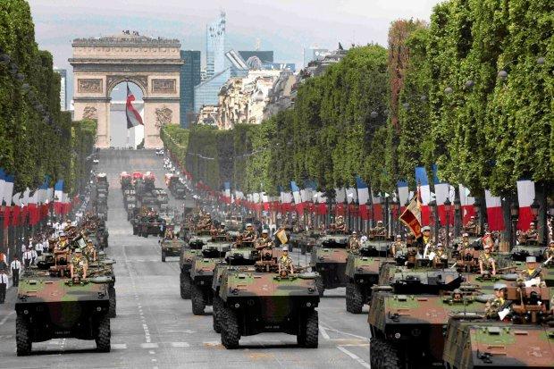 Pokaz współczesnego uzbrojenia Francuskich Sił Zbrojnych